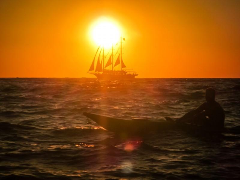 Oia Sunset on Kayak