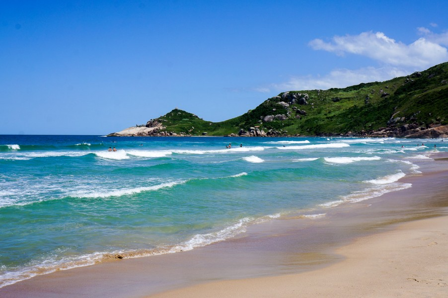 Mole Beach