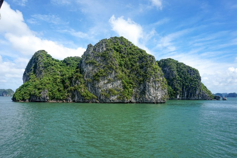 halong bay how to get there