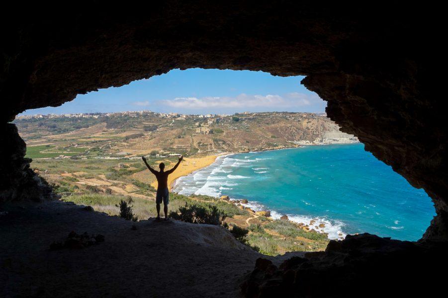 Tal - Mixta - Cave